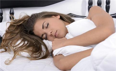 睡觉记住四戒律 让你不变老